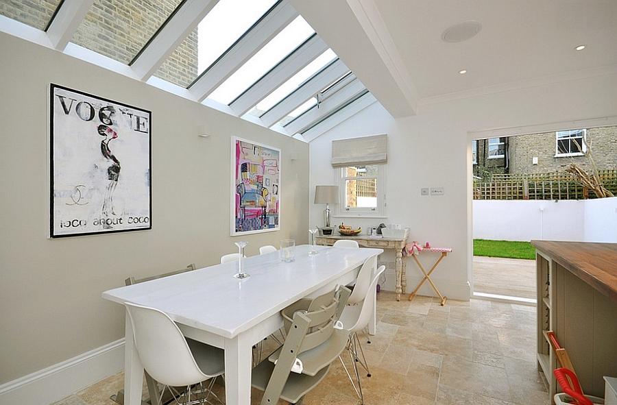 Kitchen skylights need not always be front and above the island! [Design: MDSX Contractors]