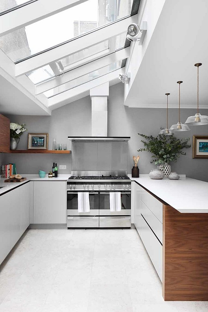 25 captivating ideas for kitchens with skylights for Large skylights