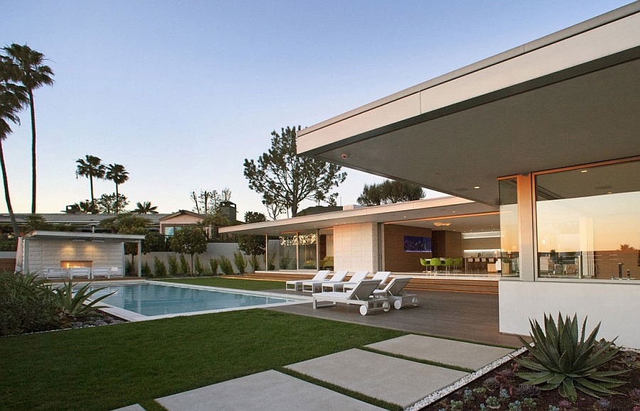 Lavish private deck and refreshing pool of the Smart home in California