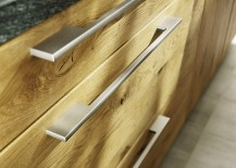 Metal-handles-complement-the-hand-sorted-wooden-surfaces-of-the-Loft-kitchen-217x155