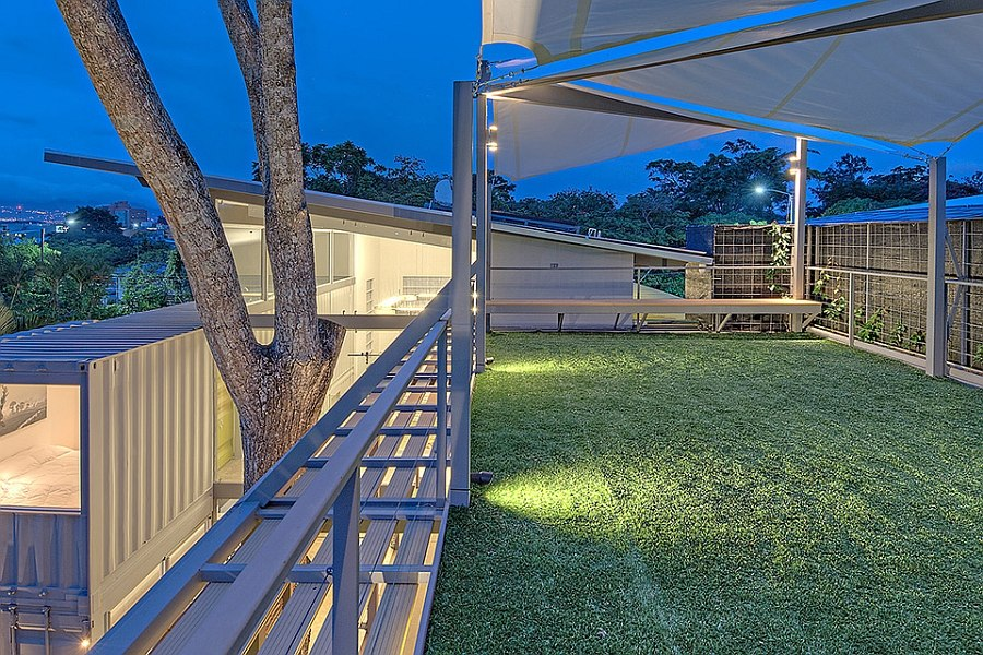 Rooftop garden on the top floor that doubles as a lovely sundeck