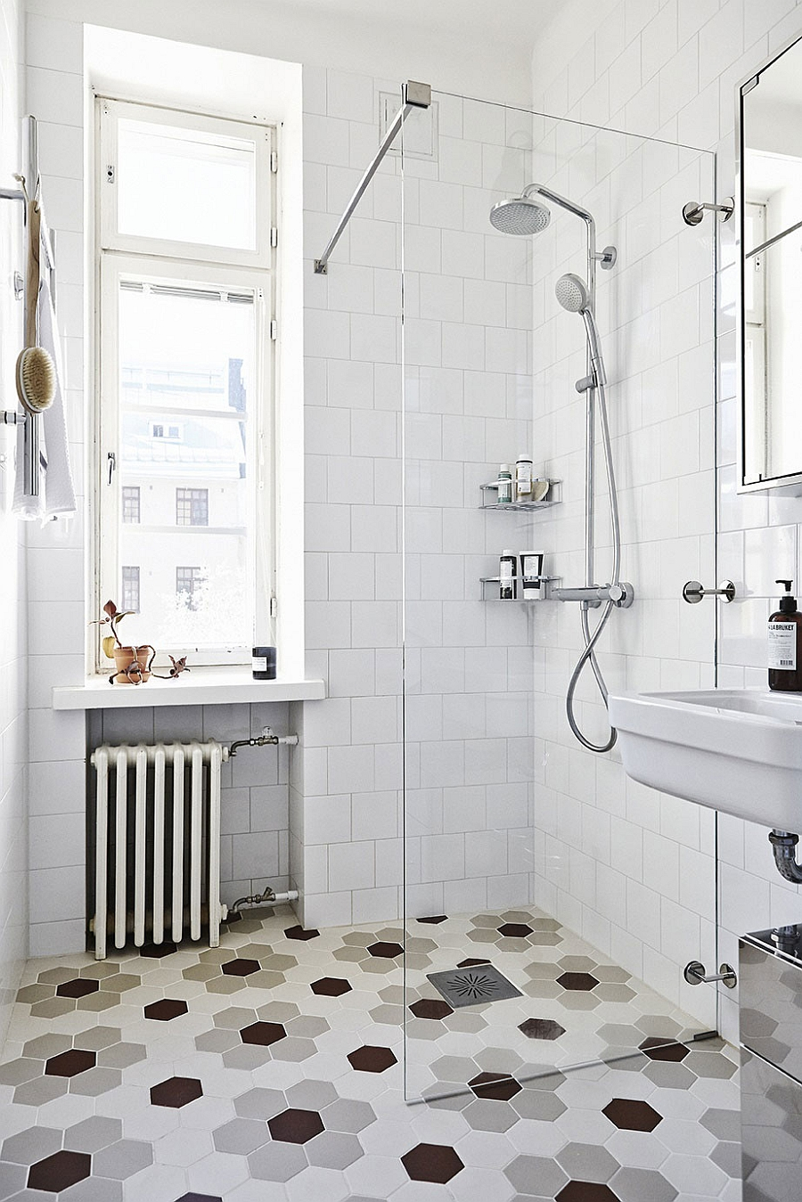 Scandinavian bathroom design with hexagonal floor tiles