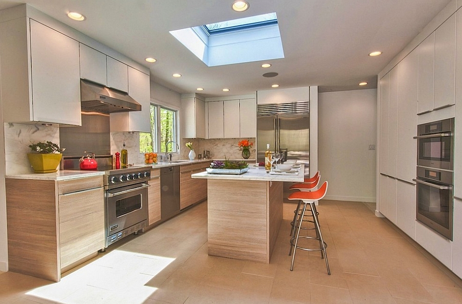 Simple and stylish way to add the skylight to the kitchen