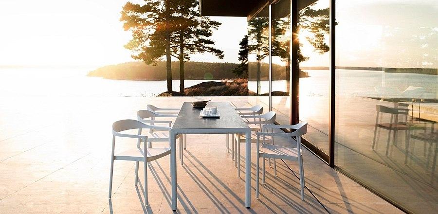 Sleek Illum Outdoor Table with classic Scandinavian style