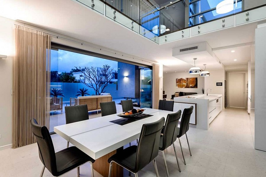 Small decck space extends the living space outside