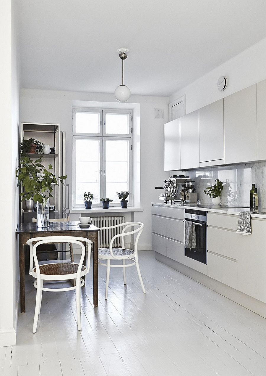 Helsinki apartment displays scandinavian design at its finest - Breakfast nooks for small kitchens ...