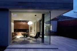 Sleek Melbourne Home Captivates with a Creative Contemporary Façade