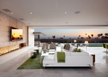 Stunning-living-space-of-the-Claifornian-Home-with-Pacific-Ocean-Views-217x155