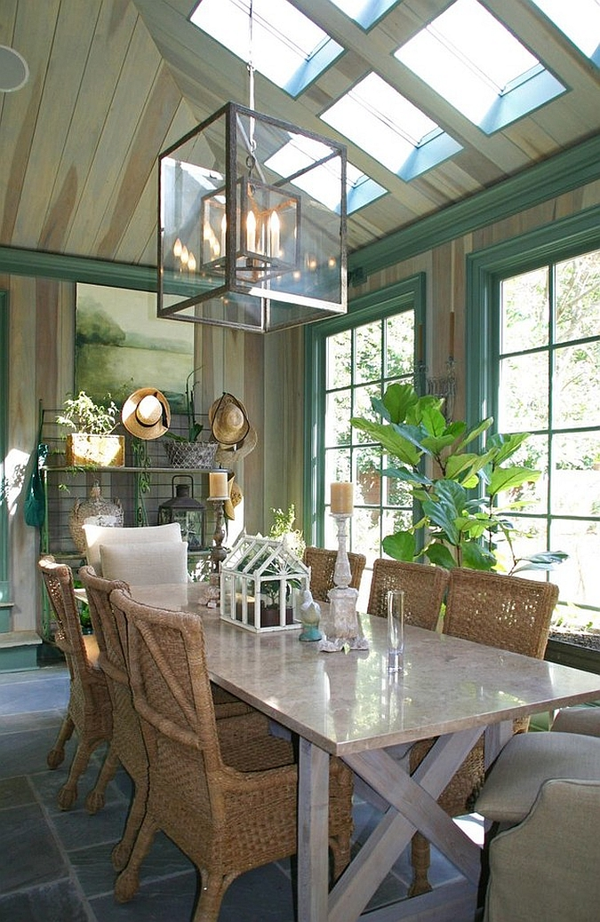27 dining rooms with skylights that steal the show for Cool dining rooms