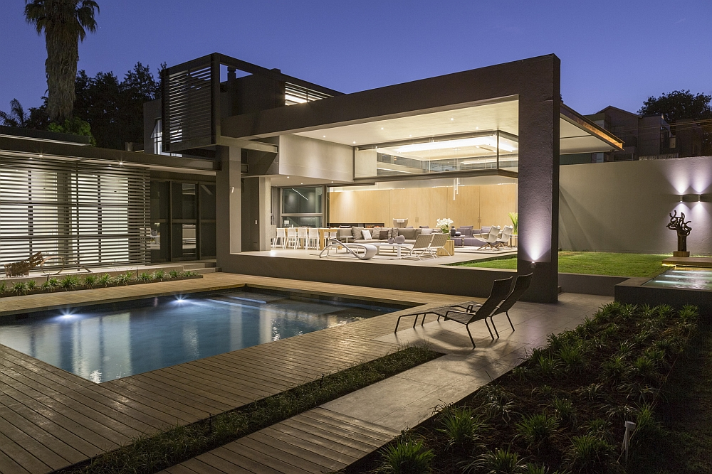 View In Gallery Swimming Pool And The Outdoor Garden Of House Sar