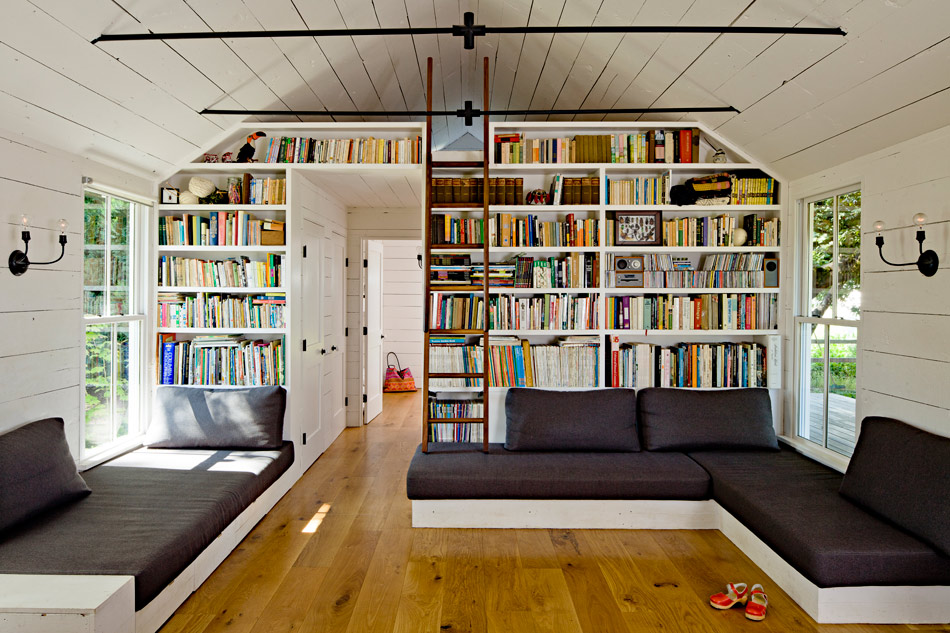 View in gallery Tiny House Built-In Bookcase