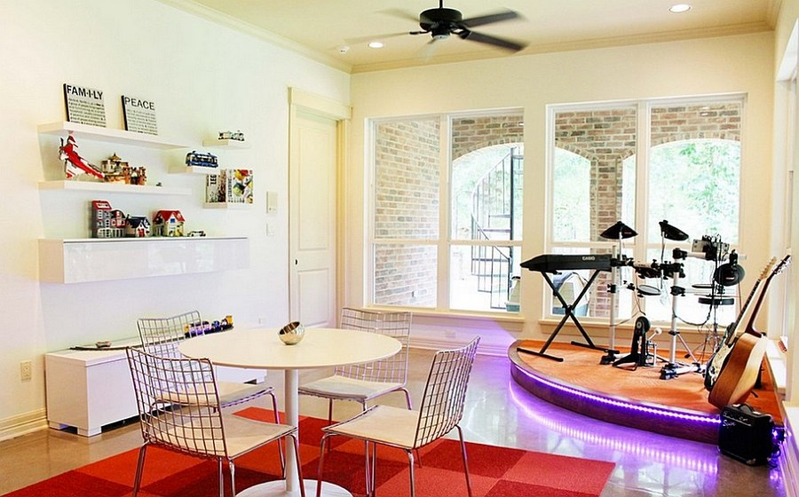 11 Dazzling Home Stages That Steal The Spotlight