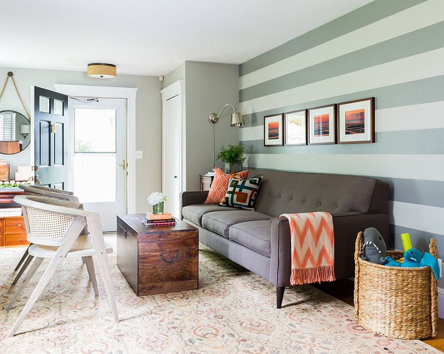 15 fabulous living rooms with striped accent walls