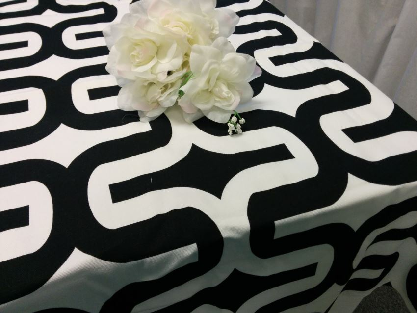Exceptional View In Gallery Black And White Geometric Tablecloth From Fantasy Vintage  Bridal Part 16