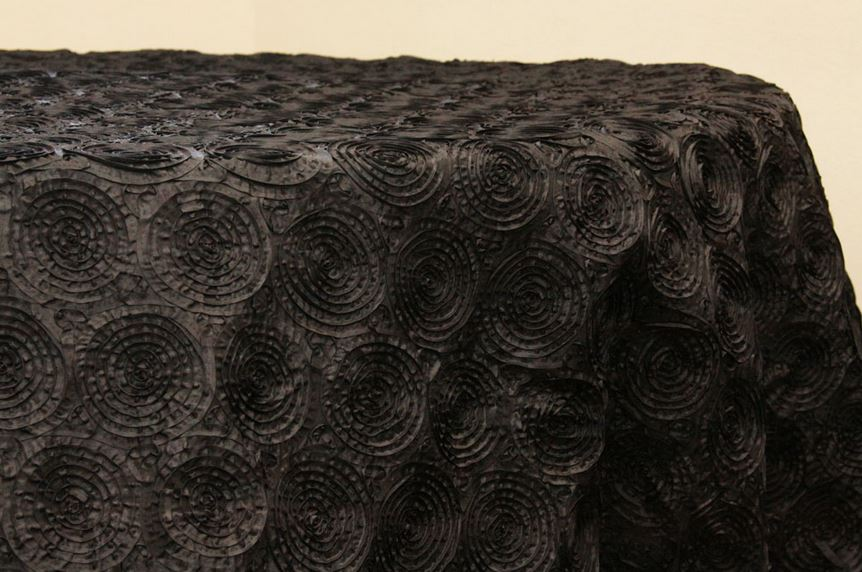 Black taffeta tablecloth from D&G Decor