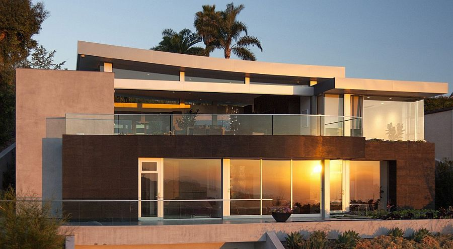 Contemporary Ellis Residence in Laguna Beach, California
