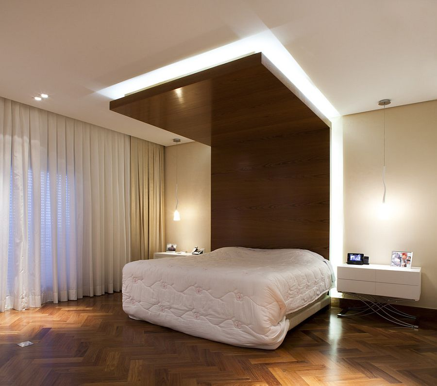 Contemporary bedroom with ingenious design [Design: CH Arquitetura]