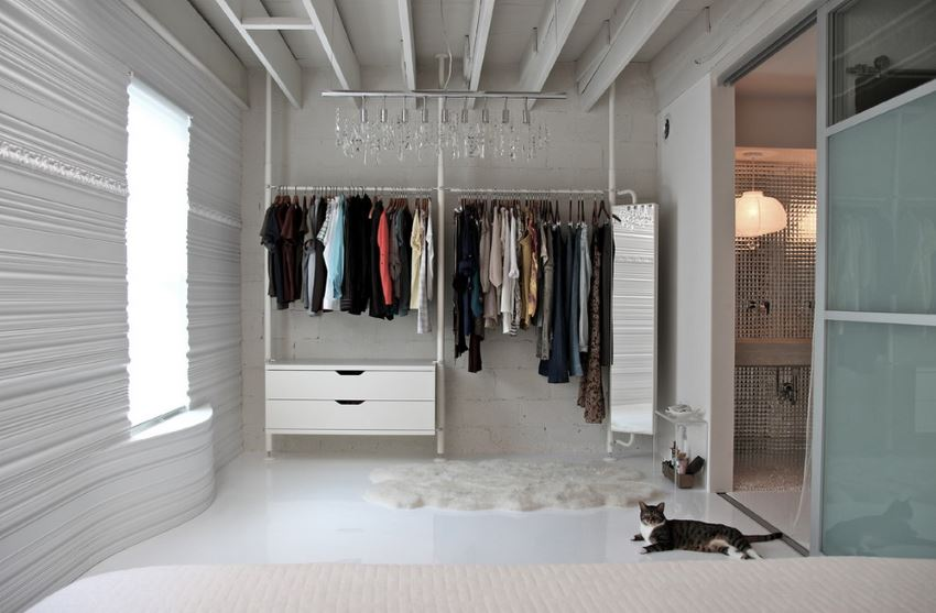 Contemporary closet with modern touches