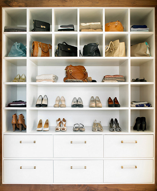 Contemporary minimalist closet