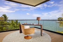 12 Remarkable Home Offices with an Ocean View