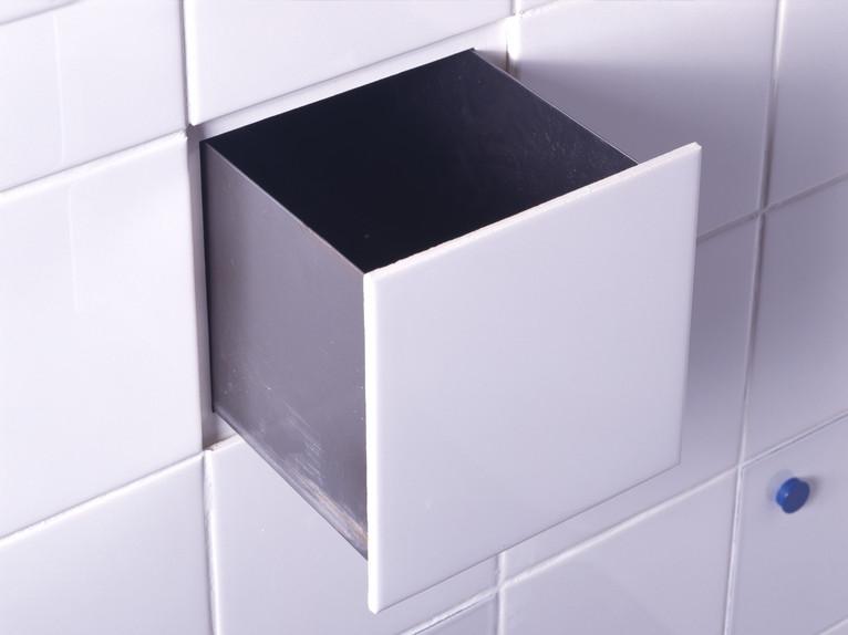 Droog Tile Compartment