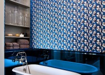 Exceptional way of adding blue to the bathroom