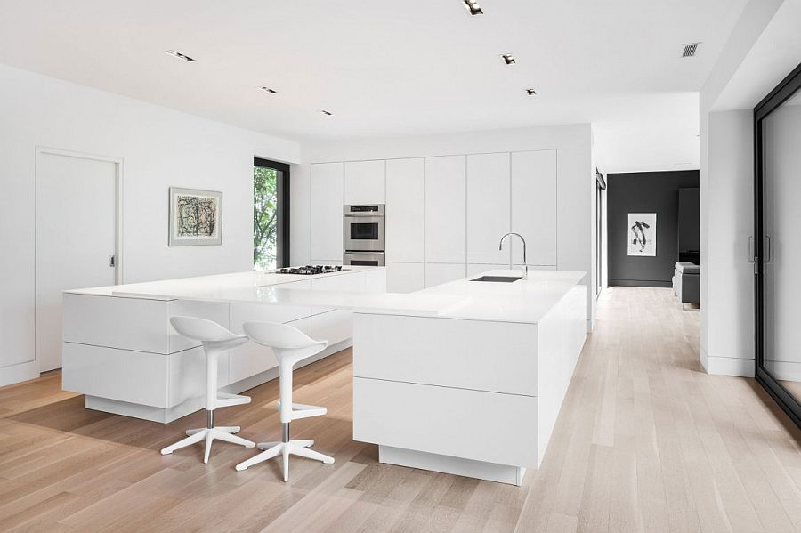 Exquisite contemporary kitchen in white