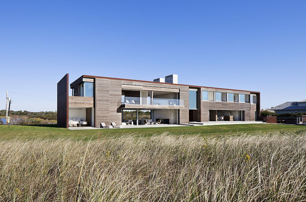 Dramatic Sagaponack Residence By Bates Masi Architects