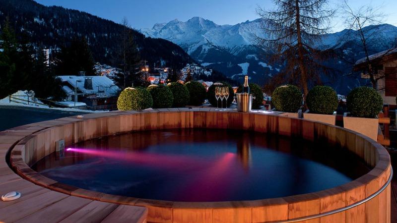 A still hot tub for soaking