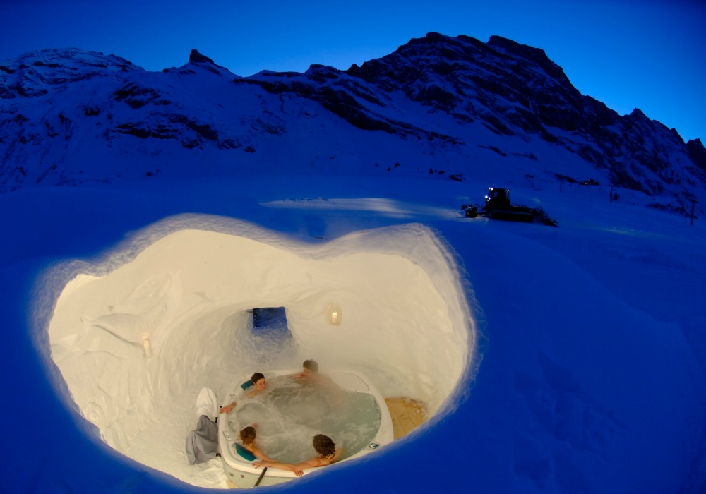 Igloo Village Hot Tub