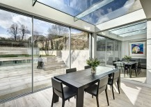 Mirrored-finishes-give-the-extension-a-spacious-and-cheerful-appeal-217x155