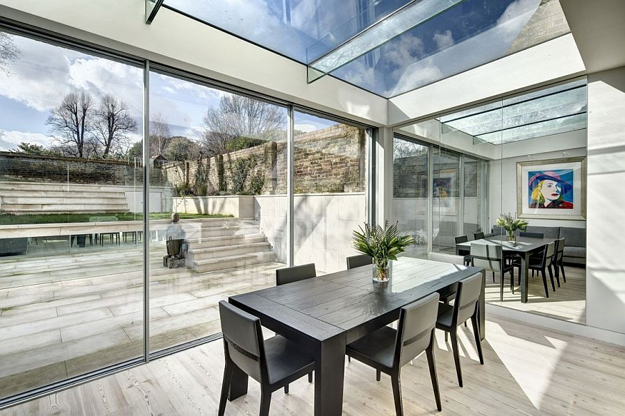 Mirrored finishes give the extension a spacious and cheerful appeal