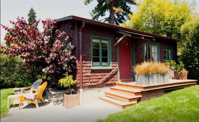 A snug cottage in North Berkeley