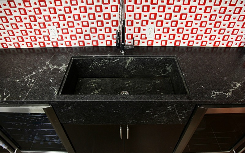 Shiny Granite Sink