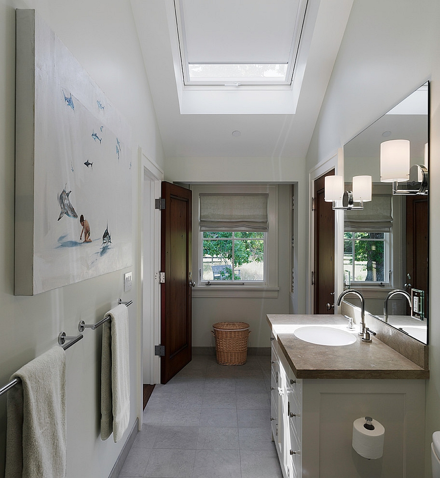 Beautiful skylight with shades gives the room better insulation [Design: Taylor Lombardo Architects]