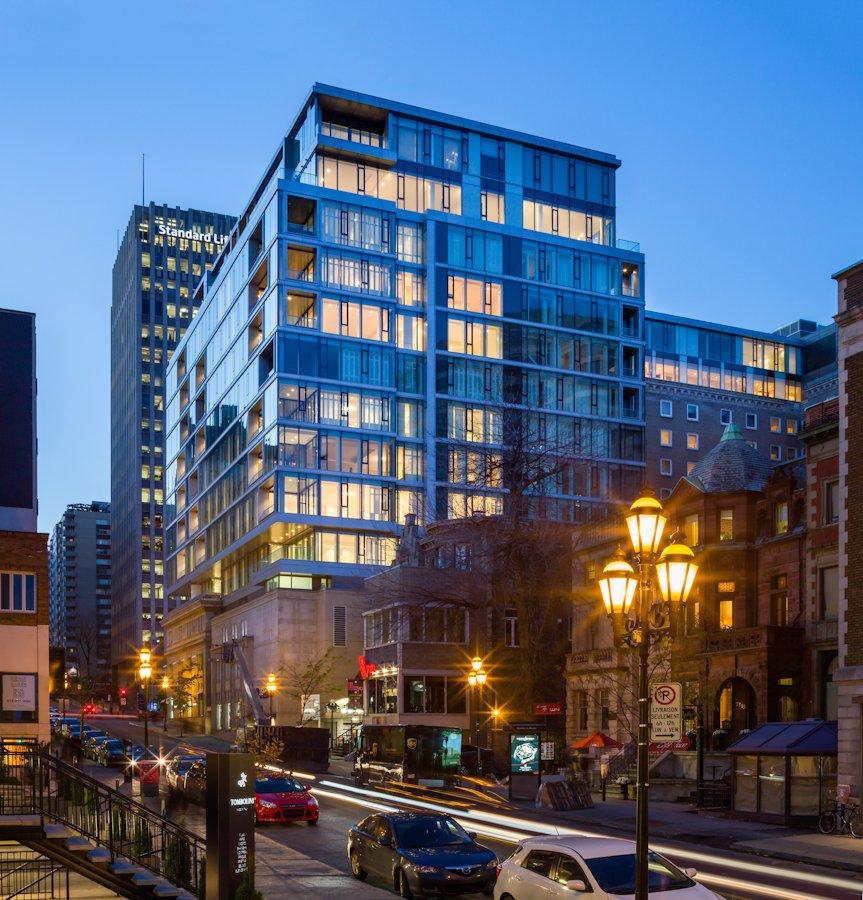 Street view of the Gorgeous Ritz-Carlton Montreal