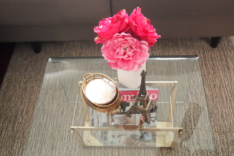How to Decorate with Pink: mix it with neutrals