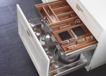 Accessorized drawers give the homeowner plenty of storage options