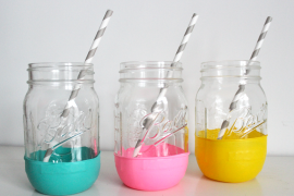 "These Balloon-""Dipped"" Mason Jars Are One of the Easiest DIYs Ever"