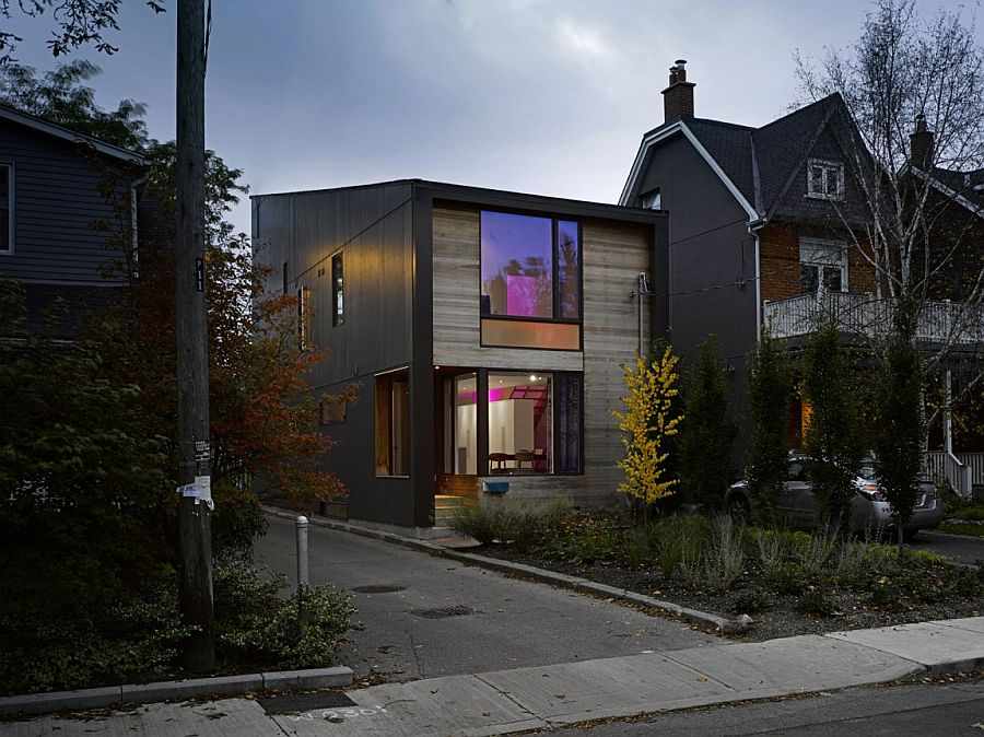 Beautiful Toronto residence combines privacy with cheerful ambiance