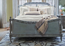 Bedroom with Distressed Mirror Dresser 217x155 8 Mirrored Furnishings to Reflect Your Interior Design Style