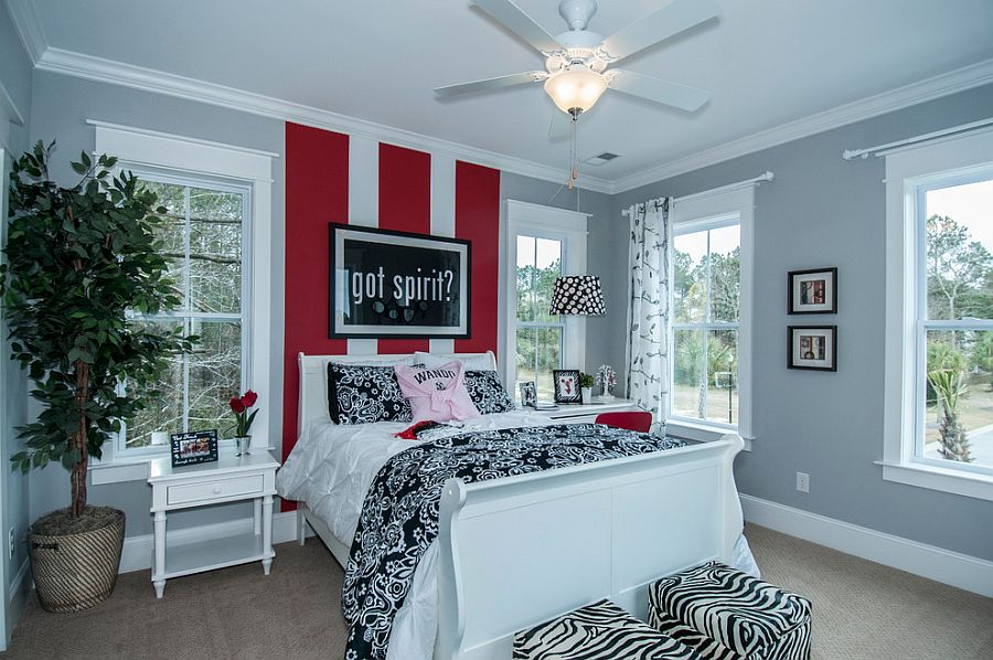 Bold stripes in red create an instant focal point in the room [Design: FrontDoor Communities]
