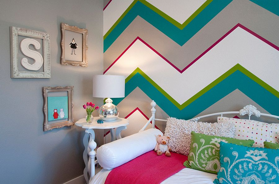 Chevron patterns add both color and class to the kids' bedroom [Design: Judith Balis Interiors]