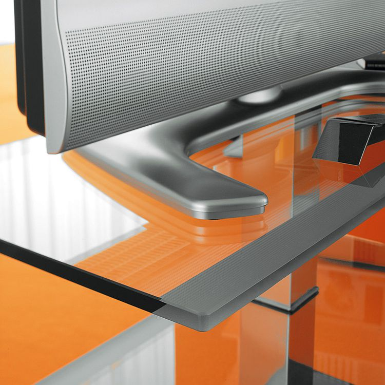 Closer look at the design of the PLAY TV Unit
