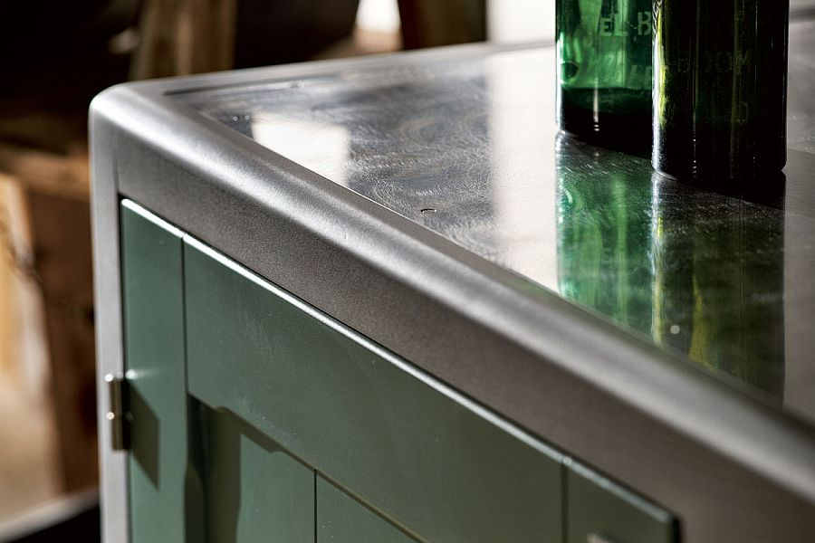 Closer look at the metallic edges of the stylish countertops
