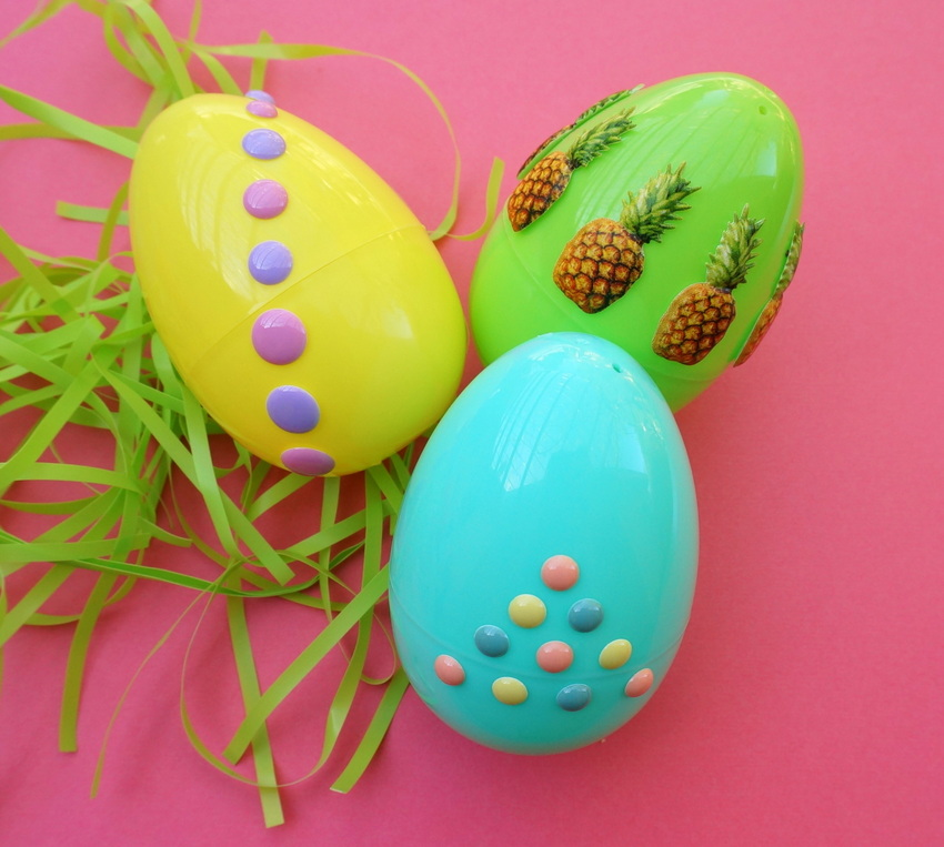 Colorful Easter egg sticker project