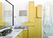 Contemporary bathroom with fascinating use of yellow shelves 217x155 16 Gorgeous Bathrooms with the Warm Allure of Yellow