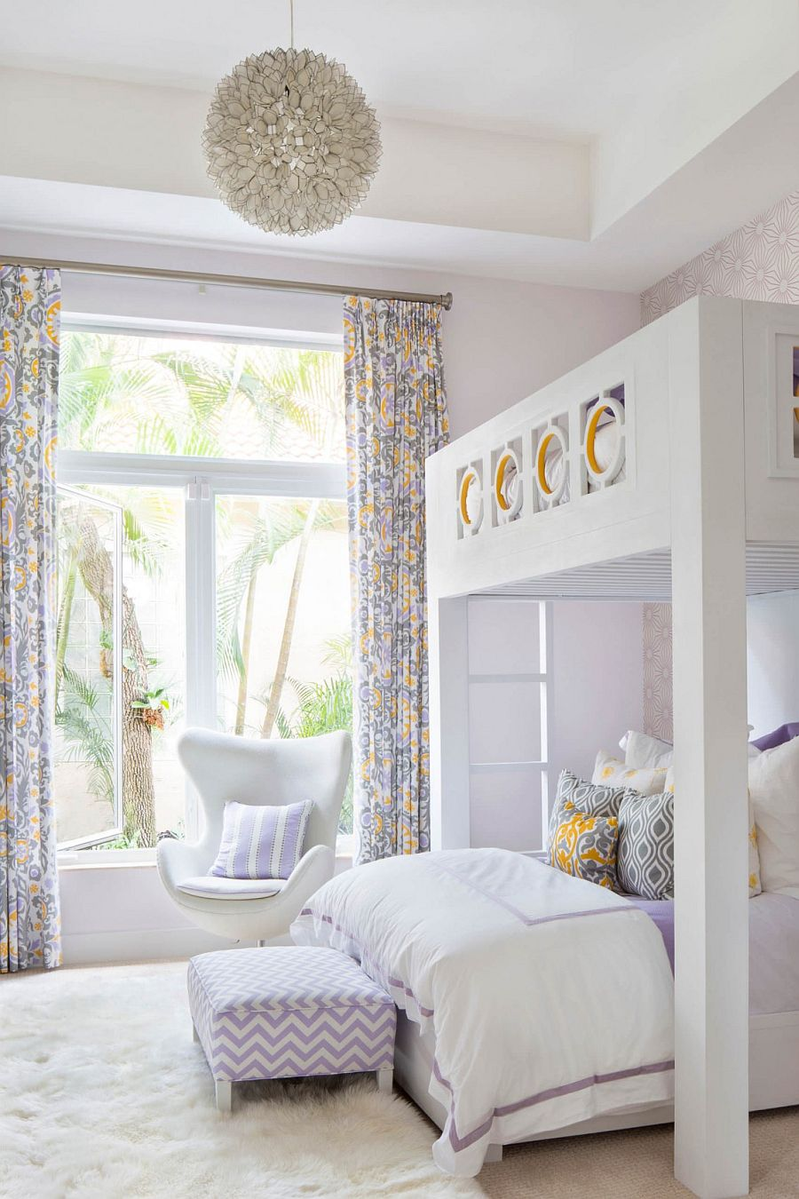 Cozy kids' bedroom with bunk beds and plush white rug