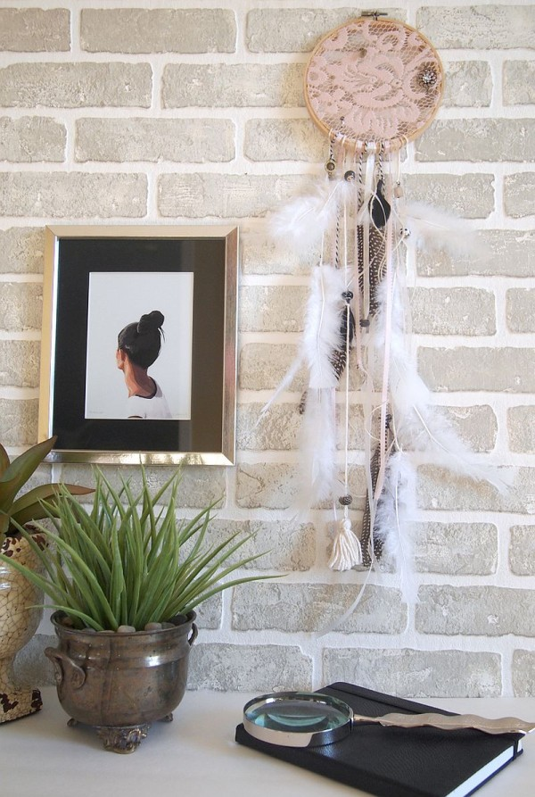 Decorate your home with a dreamcatcher