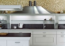 Distinctive hood design gives the kitchen counter its uniqueness